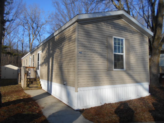 3 Bedroom 2 Bath Manufactured Home For Sale In Canton Mi 53440