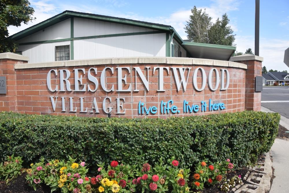Crescentwood Village (UT)