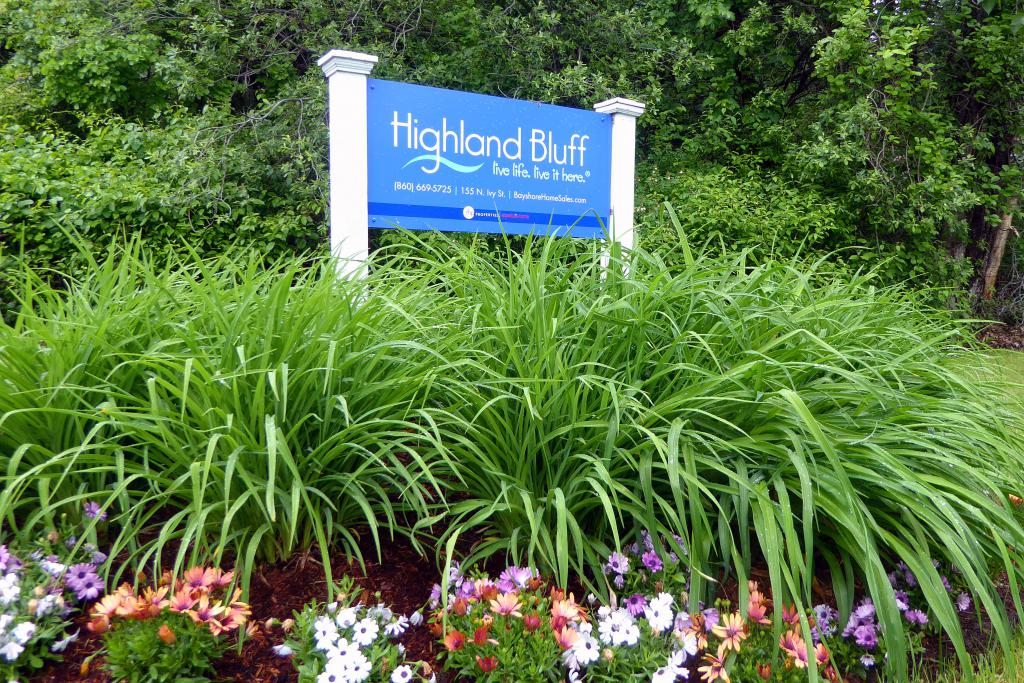 Highland Bluff