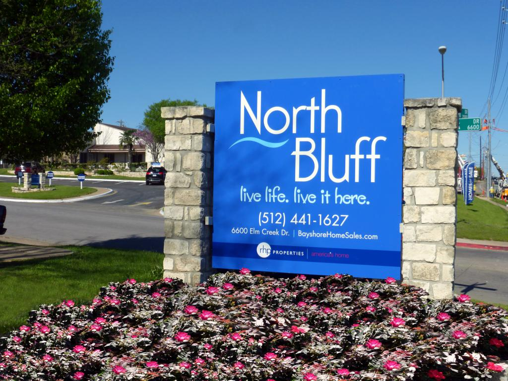 North Bluff Estates
