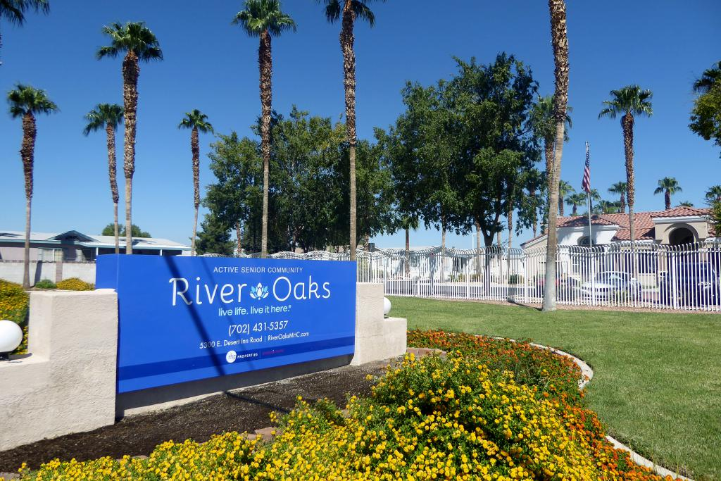 River Oaks (NV)