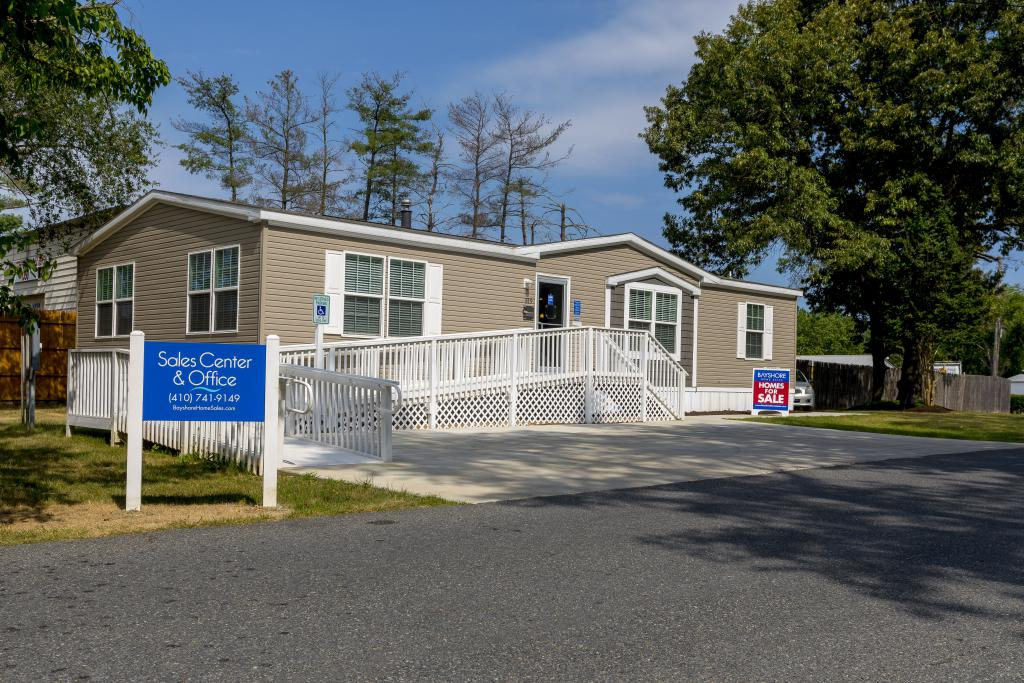 Wayson Woods: Manufactured Homes in Lothian, MD | Bayshore
