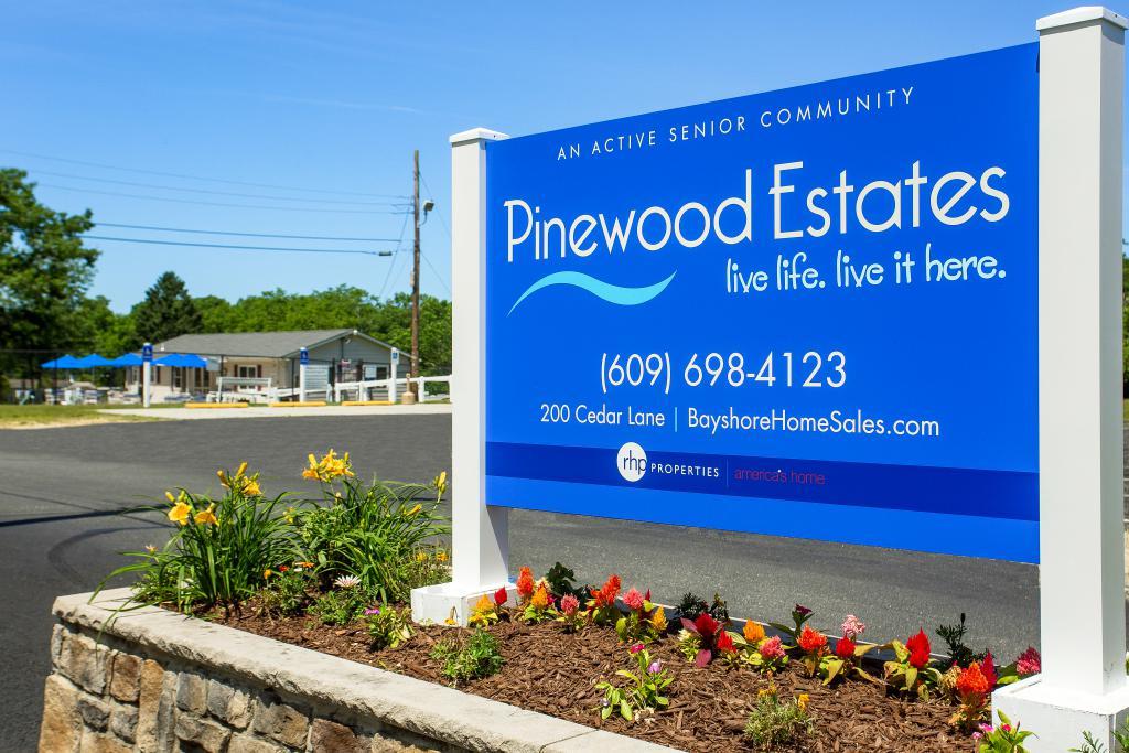 Pinewood Estates